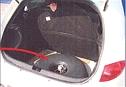 Gastank wird entweder im Kofferrraum oder in der Reserveradmulde verstaut.